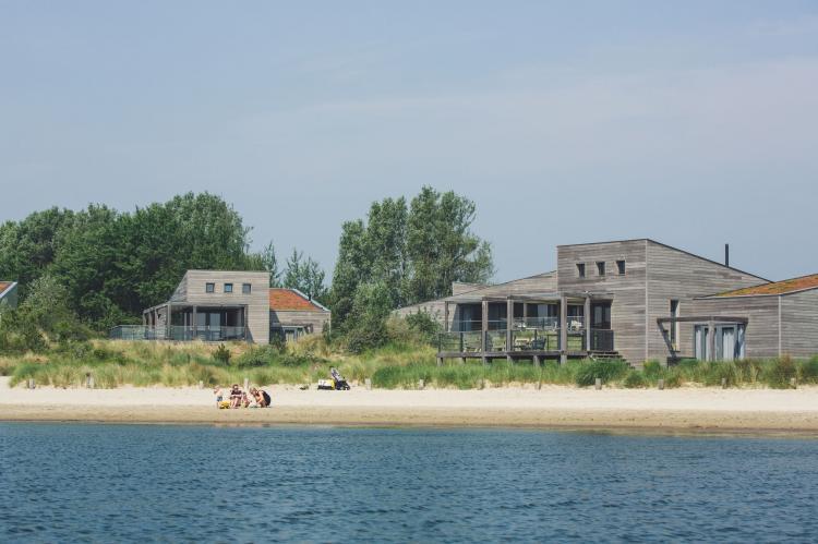VakantiehuisNederland - Zuid-Holland: Oasis Punt-West Hotel & Beachresort 5  [73]