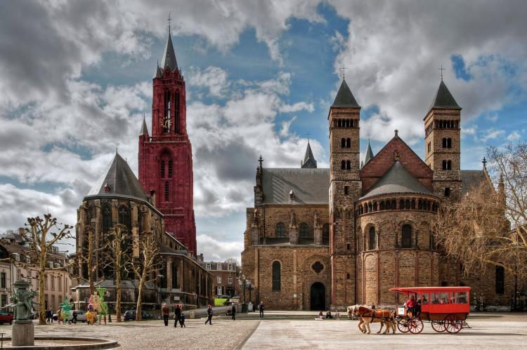 VakantiehuisNederland - Limburg: Resort Maastricht 1  [34]