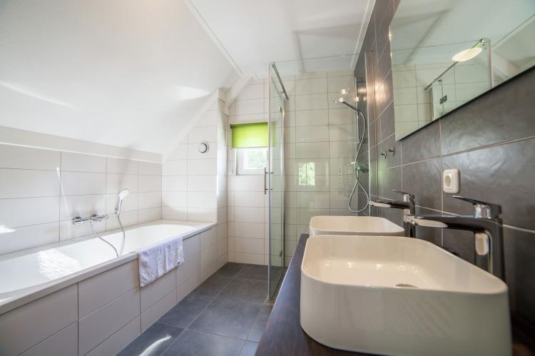 VakantiehuisNederland - Limburg: Resort Maastricht 1  [12]