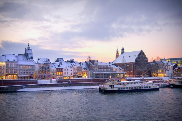 VakantiehuisNederland - Limburg: Resort Maastricht 1  [38]