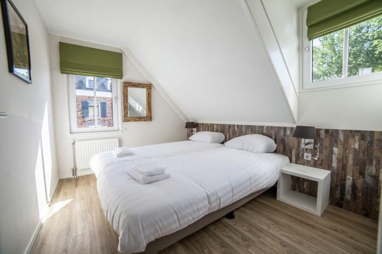 VakantiehuisNederland - Limburg: Resort Maastricht 1  [8]