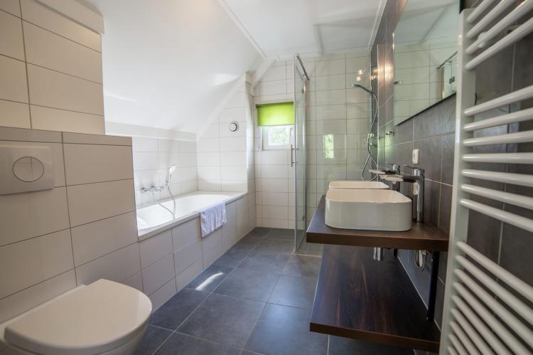 VakantiehuisNederland - Limburg: Resort Maastricht 1  [11]