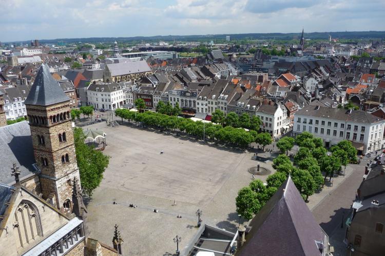 VakantiehuisNederland - Limburg: Resort Maastricht 1  [26]