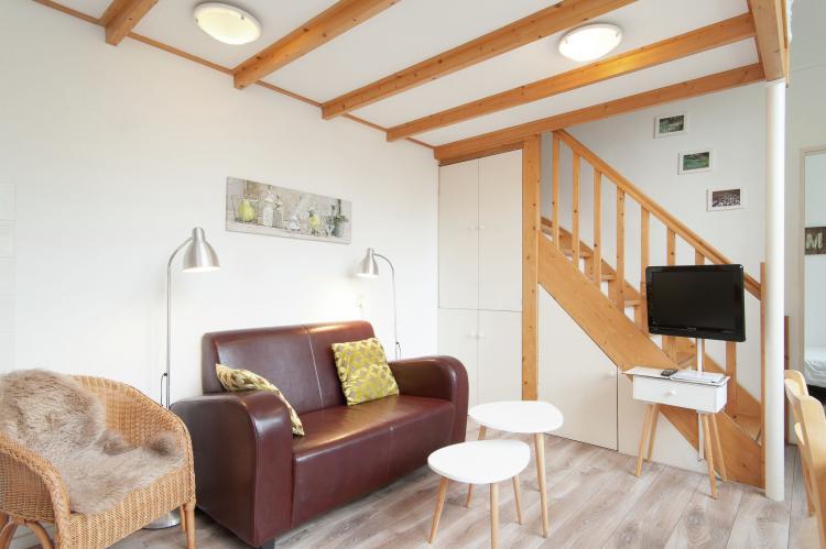 VakantiehuisNederland - Noord-Holland: Huize Glory Parel aan de Duinen 3p  [6]