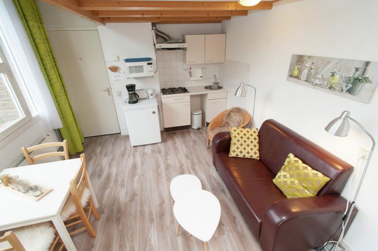 VakantiehuisNederland - Noord-Holland: Huize Glory Parel aan de Duinen 3p  [5]