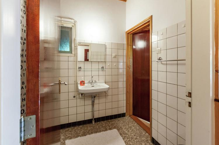 VakantiehuisNederland - Zeeland: Black  [18]