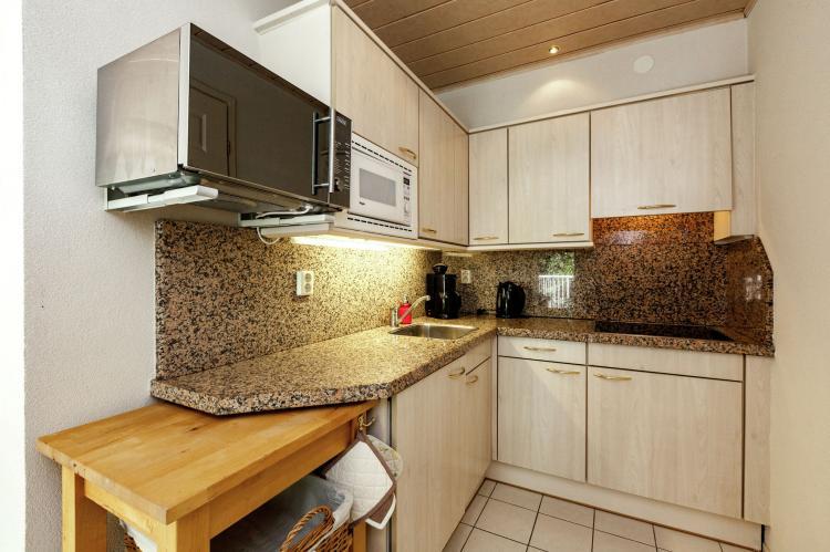 VakantiehuisNederland - Zeeland: Twee Duinen  [8]