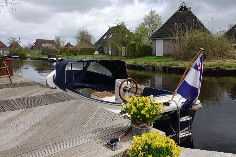 VakantiehuisNederland - Friesland: Wellness aan het Water  [18]