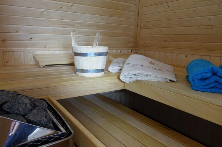 VakantiehuisNederland - Friesland: Wellness aan het Water  [28]