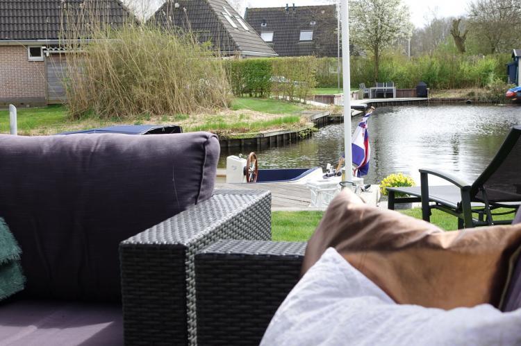 VakantiehuisNederland - Friesland: Wellness aan het Water  [21]