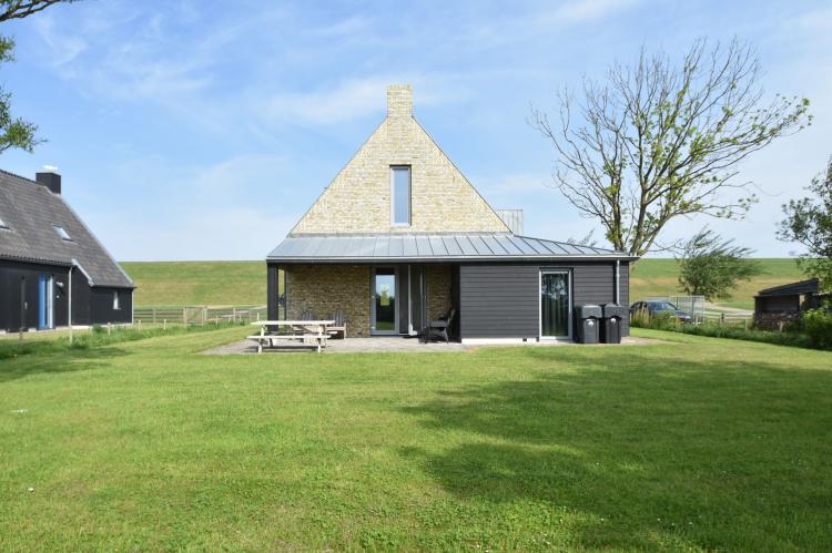 VakantiehuisNederland - Friesland: Zeedijk III  [2]
