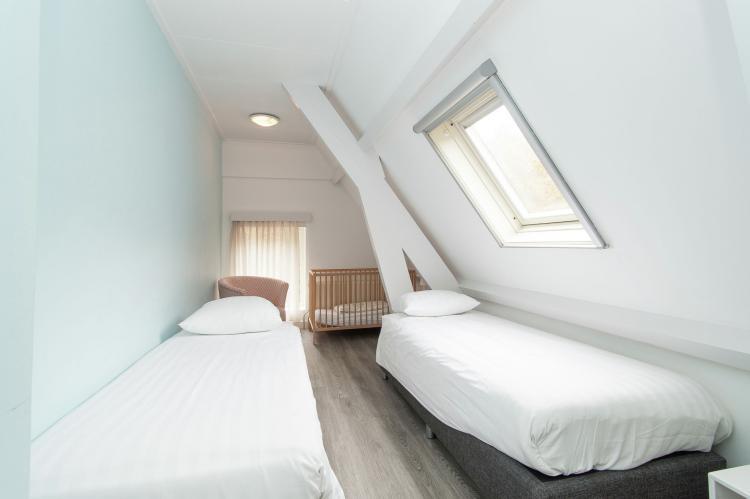 VakantiehuisNederland - Noord-Holland: Huize Glory Parel aan de Duinen  [15]