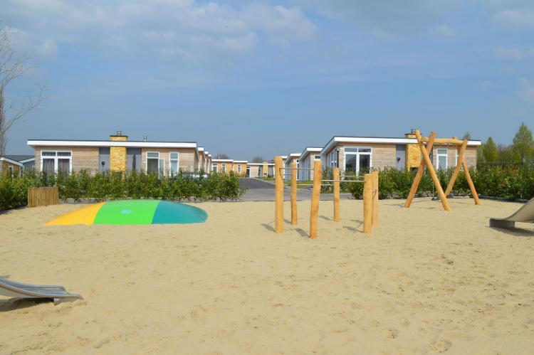 VakantiehuisNederland - Limburg: Resort Mooi Bemelen 5  [28]