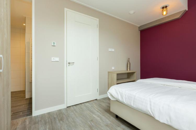 VakantiehuisNederland - Zeeland: De Zeeuwse Schuur - comfort plus 4 personen  [14]