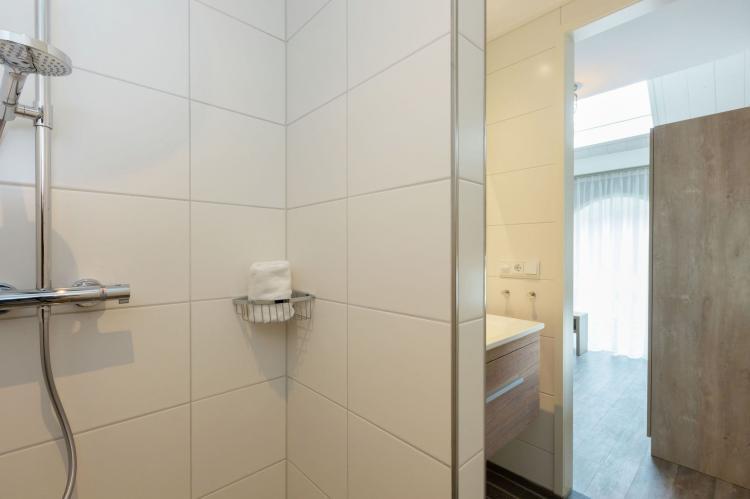 VakantiehuisNederland - Zeeland: De Zeeuwse Schuur - comfort plus 4 personen  [29]