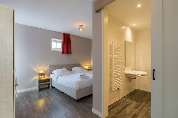VakantiehuisNederland - Zeeland: De Zeeuwse Schuur - comfort 6 personen  [10]