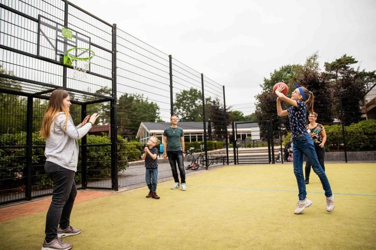 VakantiehuisNederland - Gelderland: Recreatiepark 't Gelloo 3  [25]