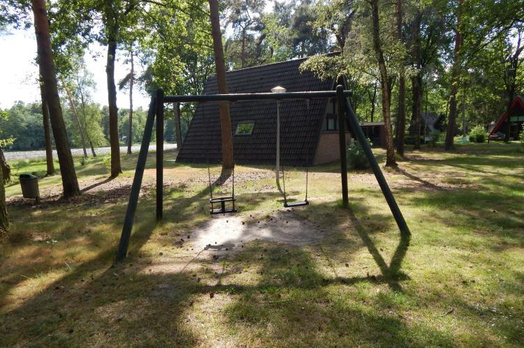 VakantiehuisNederland - Limburg: Bungalow 87  [30]