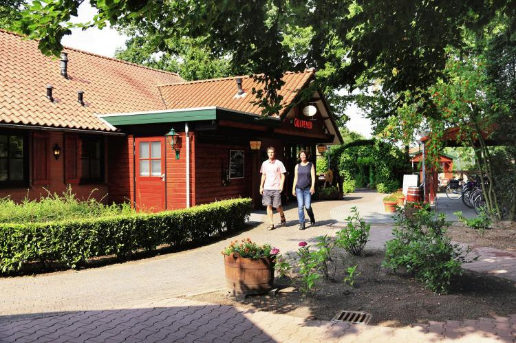 VakantiehuisNederland - Overijssel: Vakantiepark de Lindenberg 6  [17]