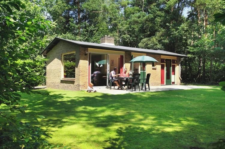 VakantiehuisNederland - Overijssel: Vakantiepark de Lindenberg 6  [1]