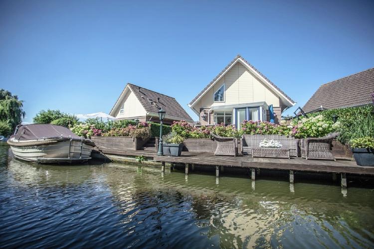 VakantiehuisNederland - Noord-Holland: Bungalowpark Zuiderzee 3  [1]