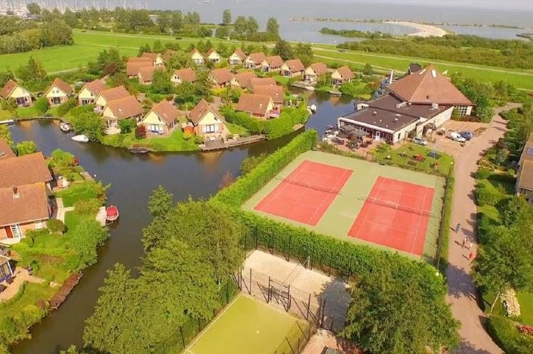 VakantiehuisNederland - Noord-Holland: Bungalowpark Zuiderzee 3  [23]