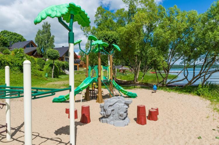 Holiday homePoland - Pomeranian Voivodeship: A luxury villa on the shore of the lake  [23]