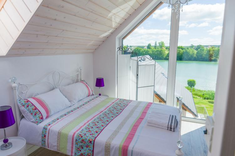 Holiday homePoland - Pomeranian Voivodeship: A luxury villa on the shore of the lake  [15]