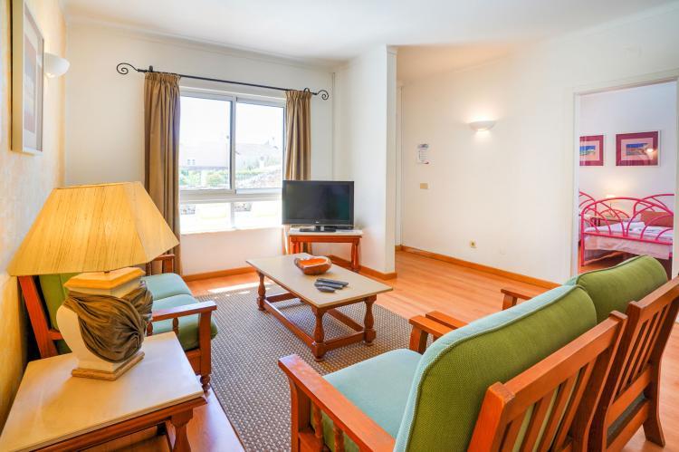 Holiday homePortugal - Algarve: Villa Flores do Golfe 1  [9]