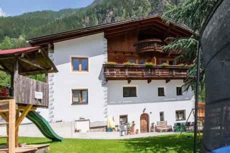 vakantiehuis Auer in Ötz