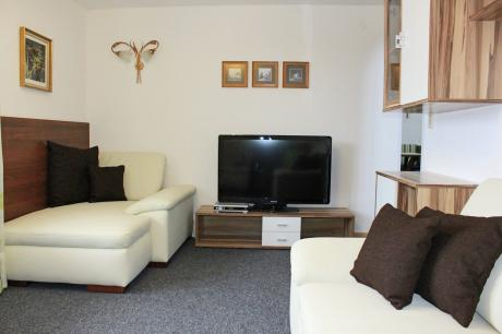 Annelies Tirol
