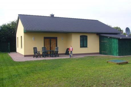 Ferienhaus mit Kamin Garten Terrasse