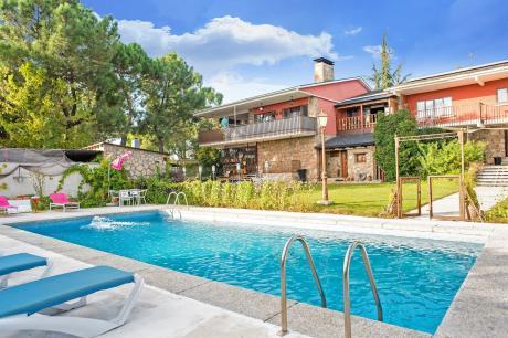 Gran jardín piscina y Spa - Galapagar III
