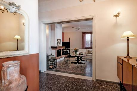 Beautiful house in Aghios Konstantinos