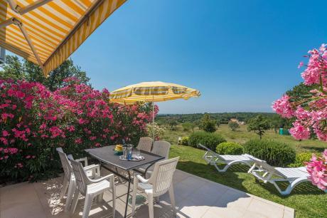 Two bedroom Villa Bella Vista With Sea View