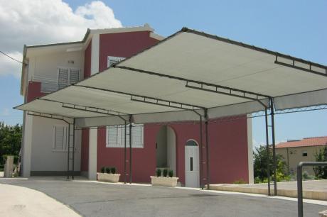 Kastela Apartment with garden