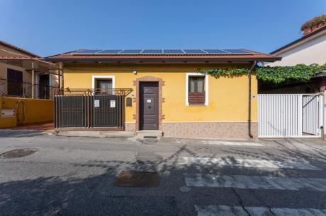 La Villetta Guest House